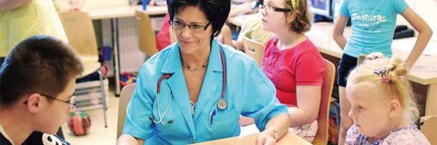 Prof. Elżbieta Piontek